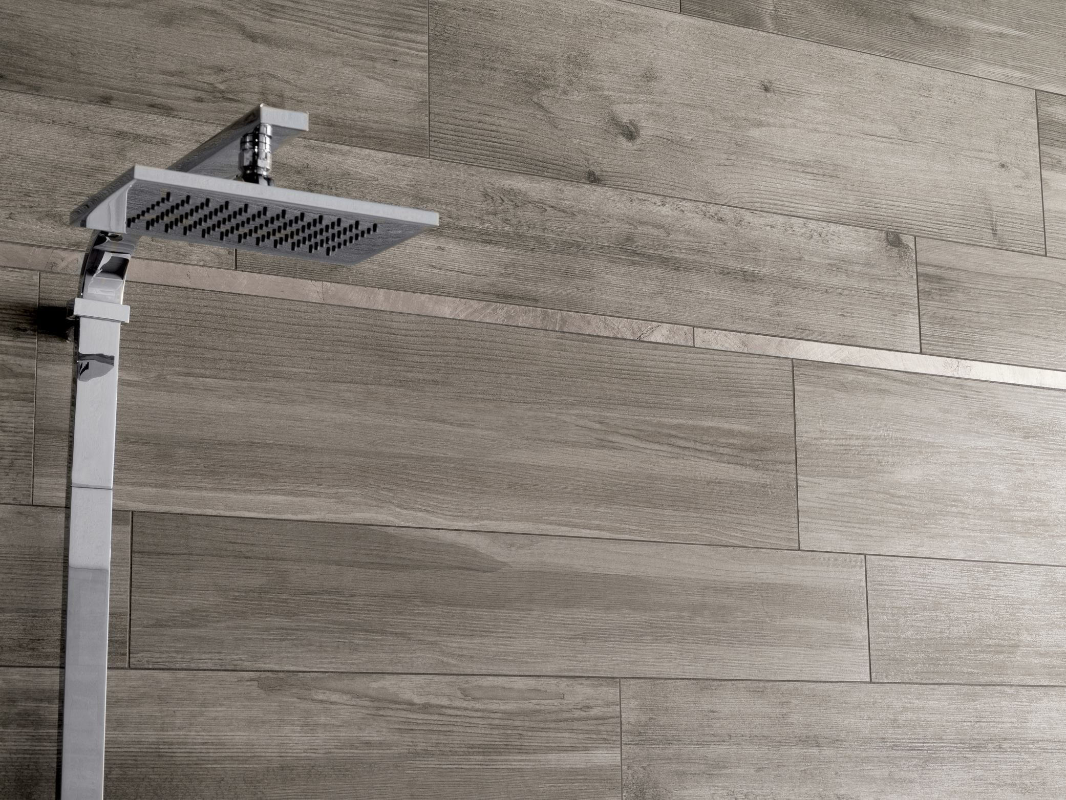 Porcelain stoneware wall/floor tiles with wood effect ...