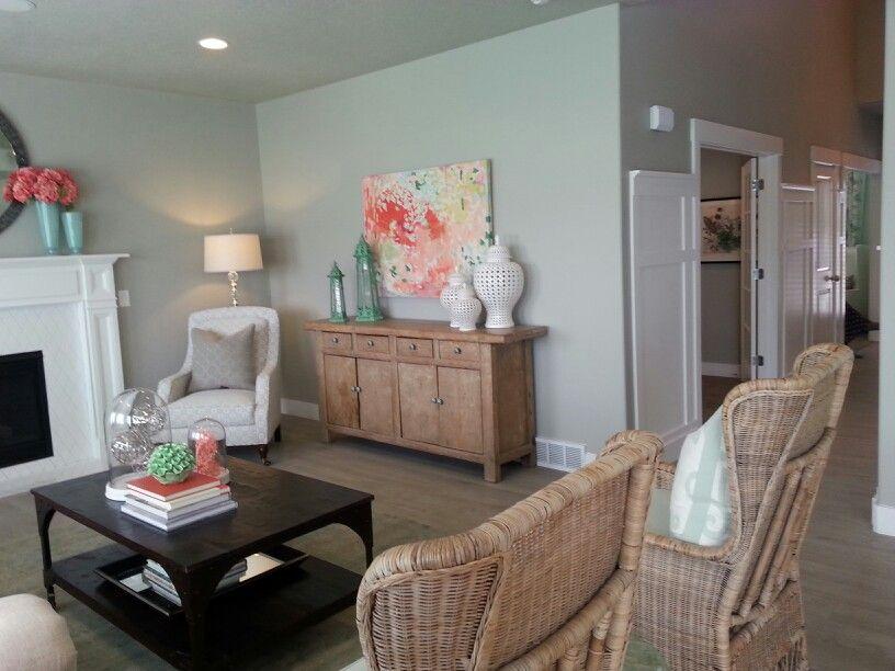 Color Scheme Of Coral And Seafoam Green Seafoam Green Bedroom