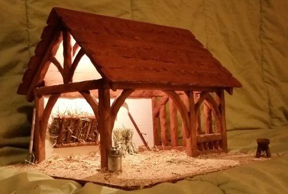 cr che de no l en bois rebecca clair e toit vernis satin no l sapin pinterest. Black Bedroom Furniture Sets. Home Design Ideas
