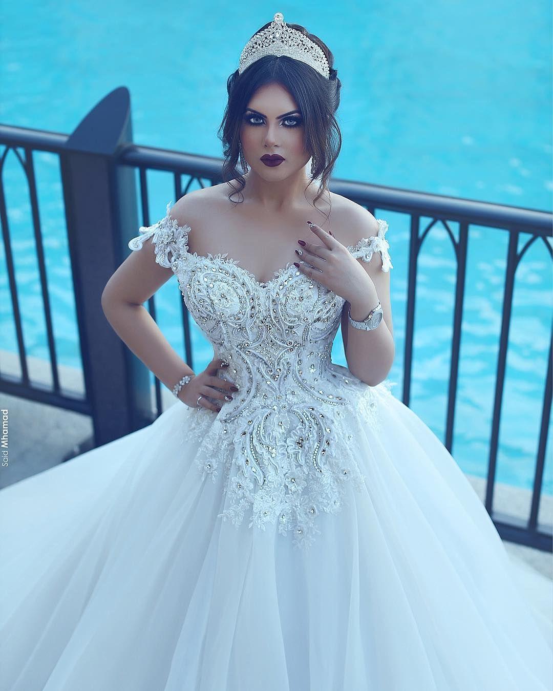 Pin by mun on Jewels & Crowns | Pinterest | Wedding dress, Wedding ...