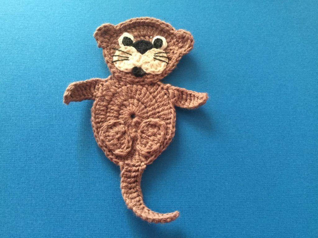 Free Crochet Pattern - Sea Otter Crochet Pattern   Aplicación