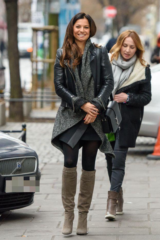 Usmiechnieta Lewandowska Wychodzi Z Dzien Dobry Tvn Zdjecia Casual Street Style Outfits Fashion