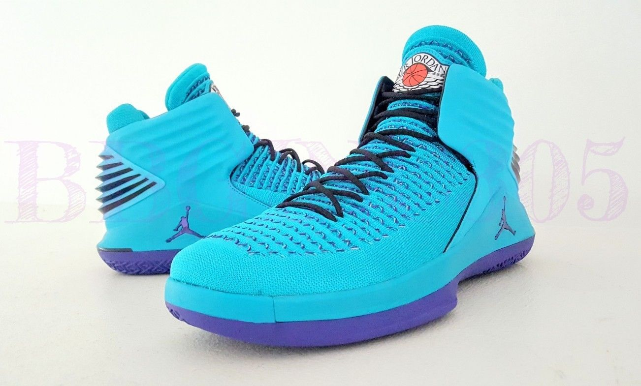 the best attitude 11602 248e1 Air Jordan 32 in a teal Charlotte Hornets colorway