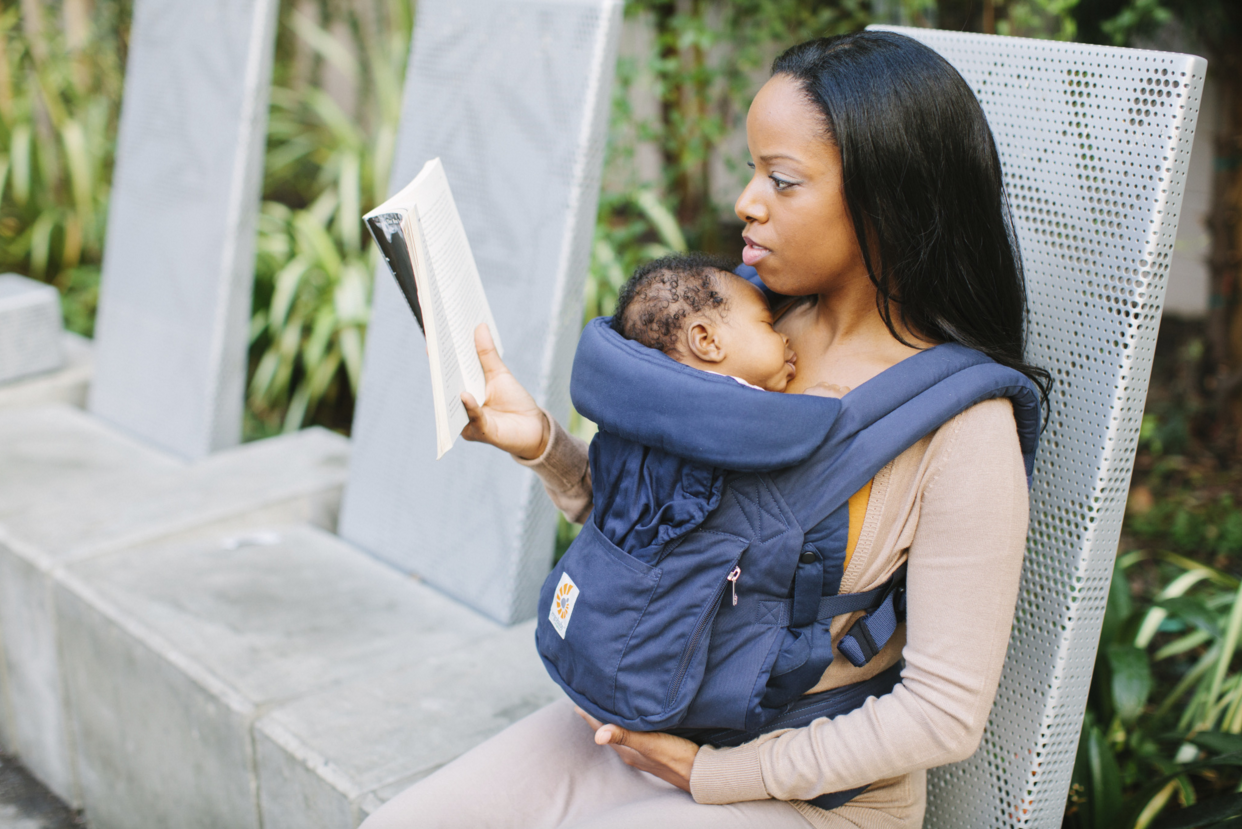 Why Do I Need The Infant Insert And How Long Do I Need To Use It Ergobaby Blog Ergobaby Blog Ergo Baby Carrier Infant Insert Ergo Baby Carrier 360 Ergobaby