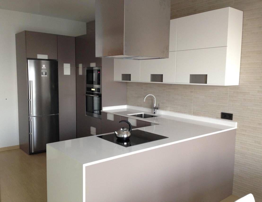Ideas de color de la cocina con muebles blancos - Color Blanco Siempre Presente En Cocinas Ba Os Y Armarios Encimeras De
