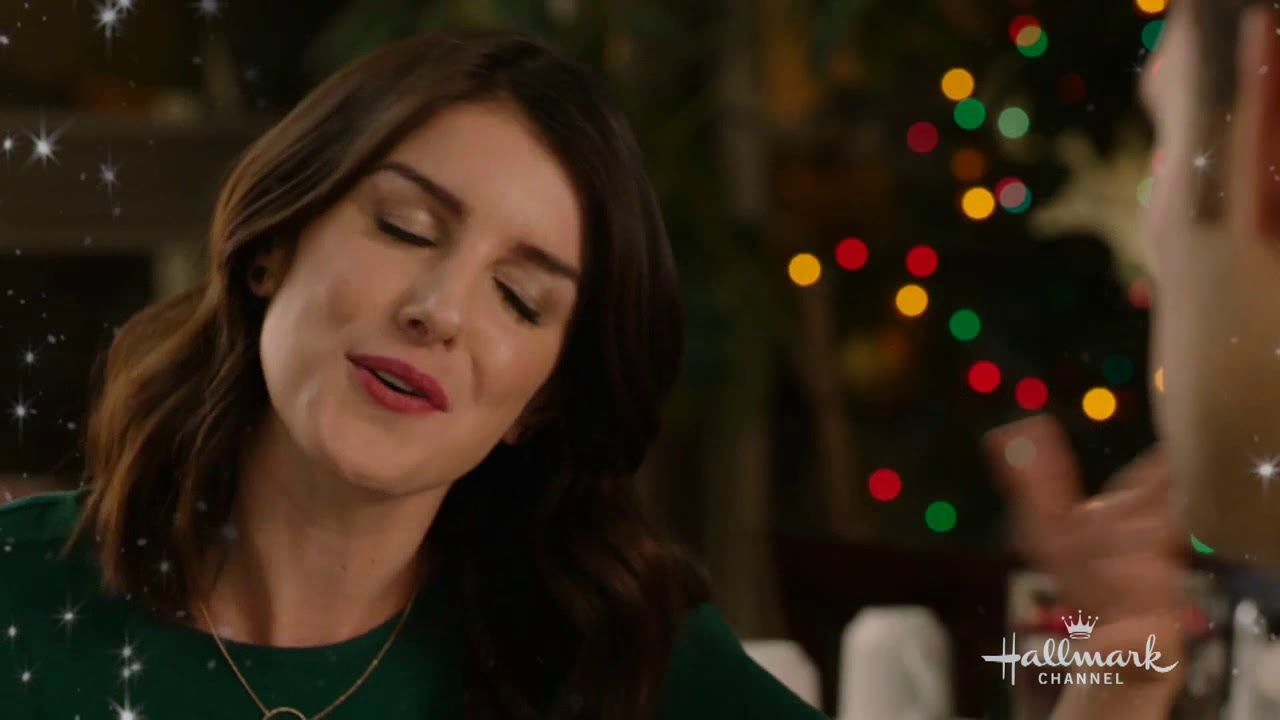 Christmas Incorporated.Christmas Incorporated Stars Shenae Grimes And Steve Lund