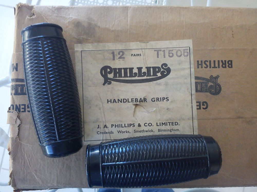 Vintage N O S Bicycle Phillips Handlebars Grips Made In England Price A Pair