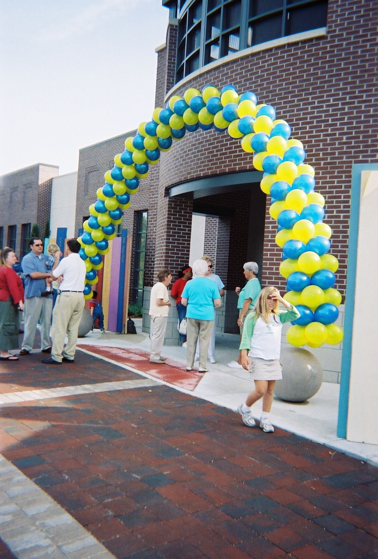 Jacksonville Public Library Grand Opening Balloon Arch