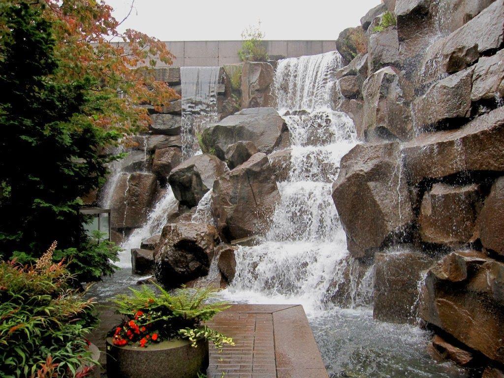 Arte y jardiner a empresa estanques y cascadas de agua for Fuentes ornamentales jardin