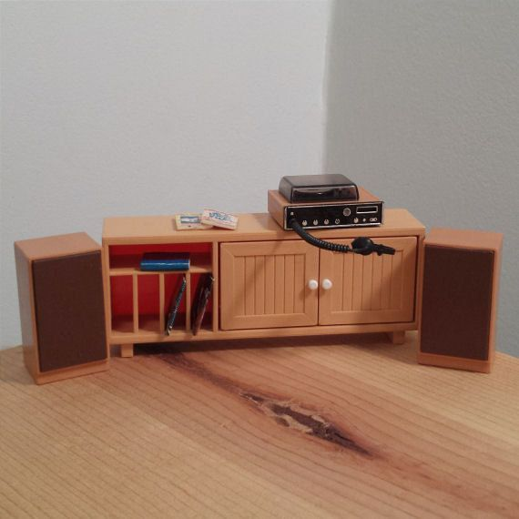 Tomy Smaller Home Dollhouse Living Room Furniture, 1:16 Scale, Stereo  Cabinet,