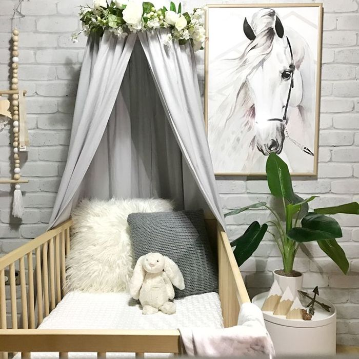 babybett mit himmel praktisch und gleichzeitig wundersch n babies nursery and floral room. Black Bedroom Furniture Sets. Home Design Ideas