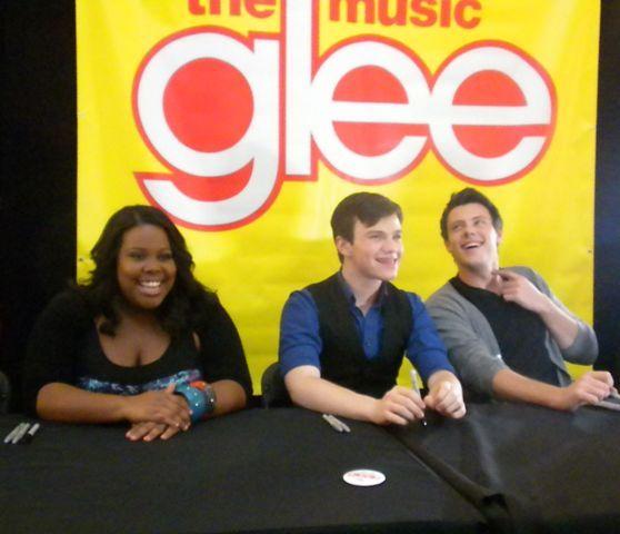 November 2nd: 2009 Glee The Mu...