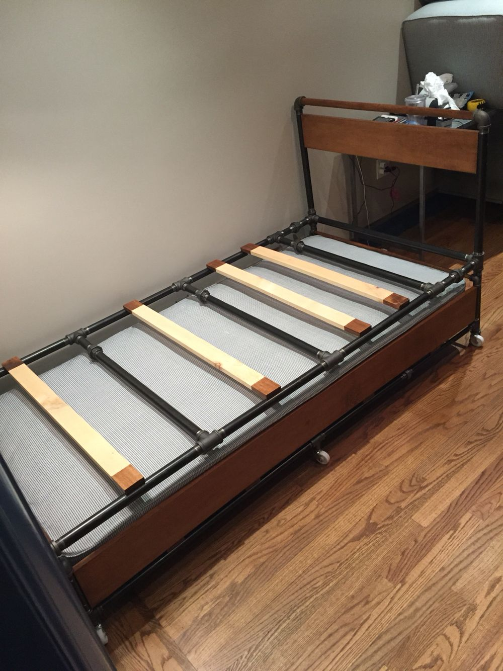 First Ever Gun Metal Trundle Bed By S Silvera Designed Build Unique Iron Design