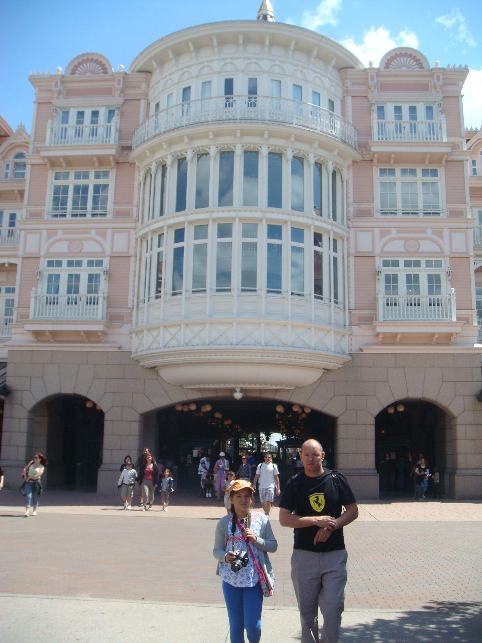 Hotel Deals Http Hotelsnearme Blo Hotels Near Disneyland Disney World Hershey Park Foxwoods