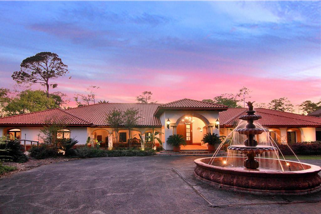 Classic spanish hacienda water features pinterest for Hacienda home builders