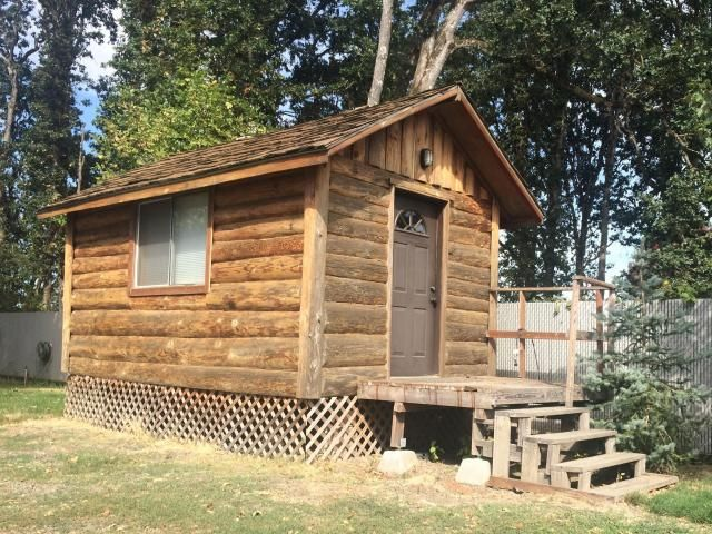 Log Cabin Tiny Home, Two Axle frame