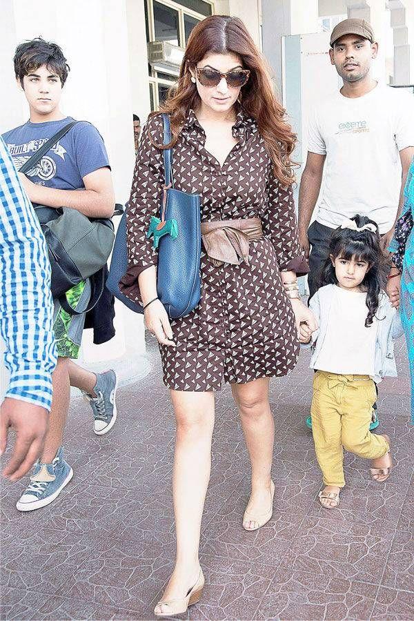 kshay Kumar's wife Twinkle Khanna arrives at Jodhpur