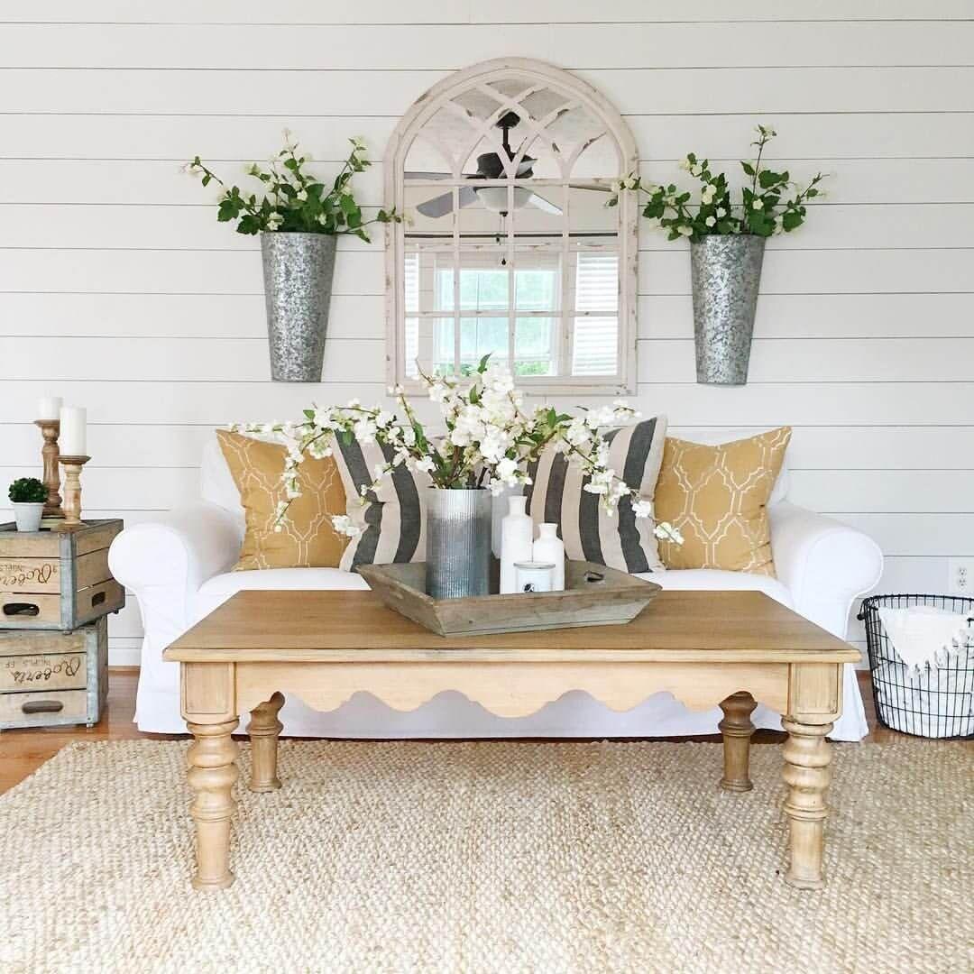 30 elegant farmhouse living room ideas you should try