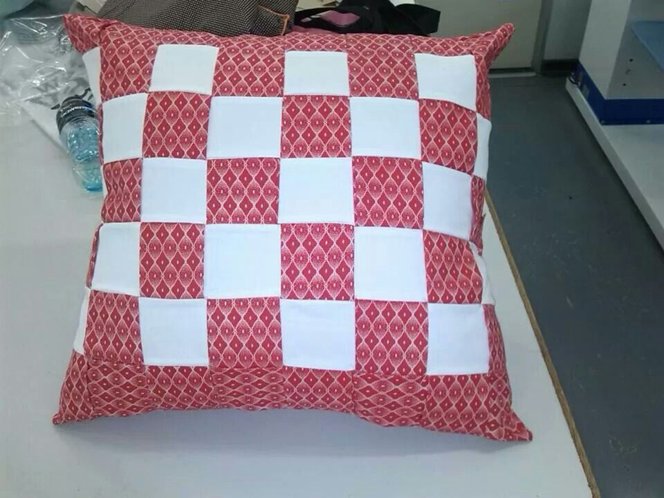 Final product of a shwe shwe scatter cushion.