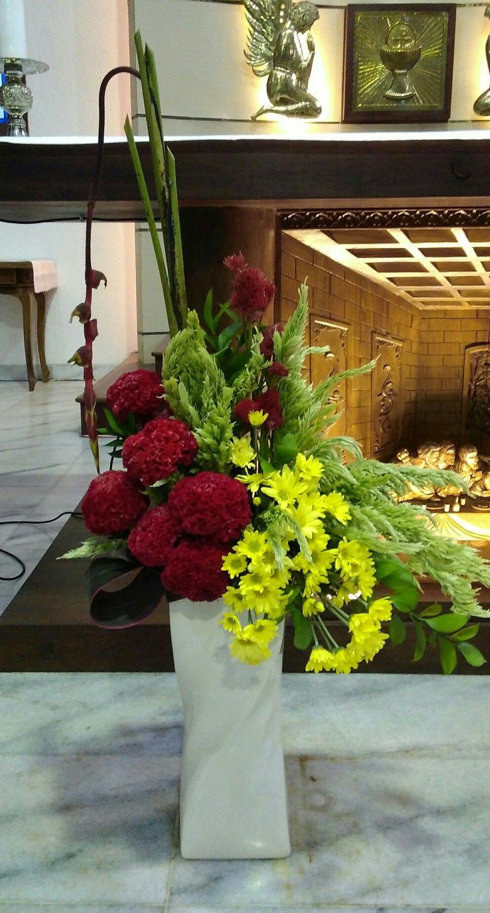 Rangkaian Bunga Altar Gereja Rangkaian Bunga Bunga Altar Rangkaian bunga altar gereja