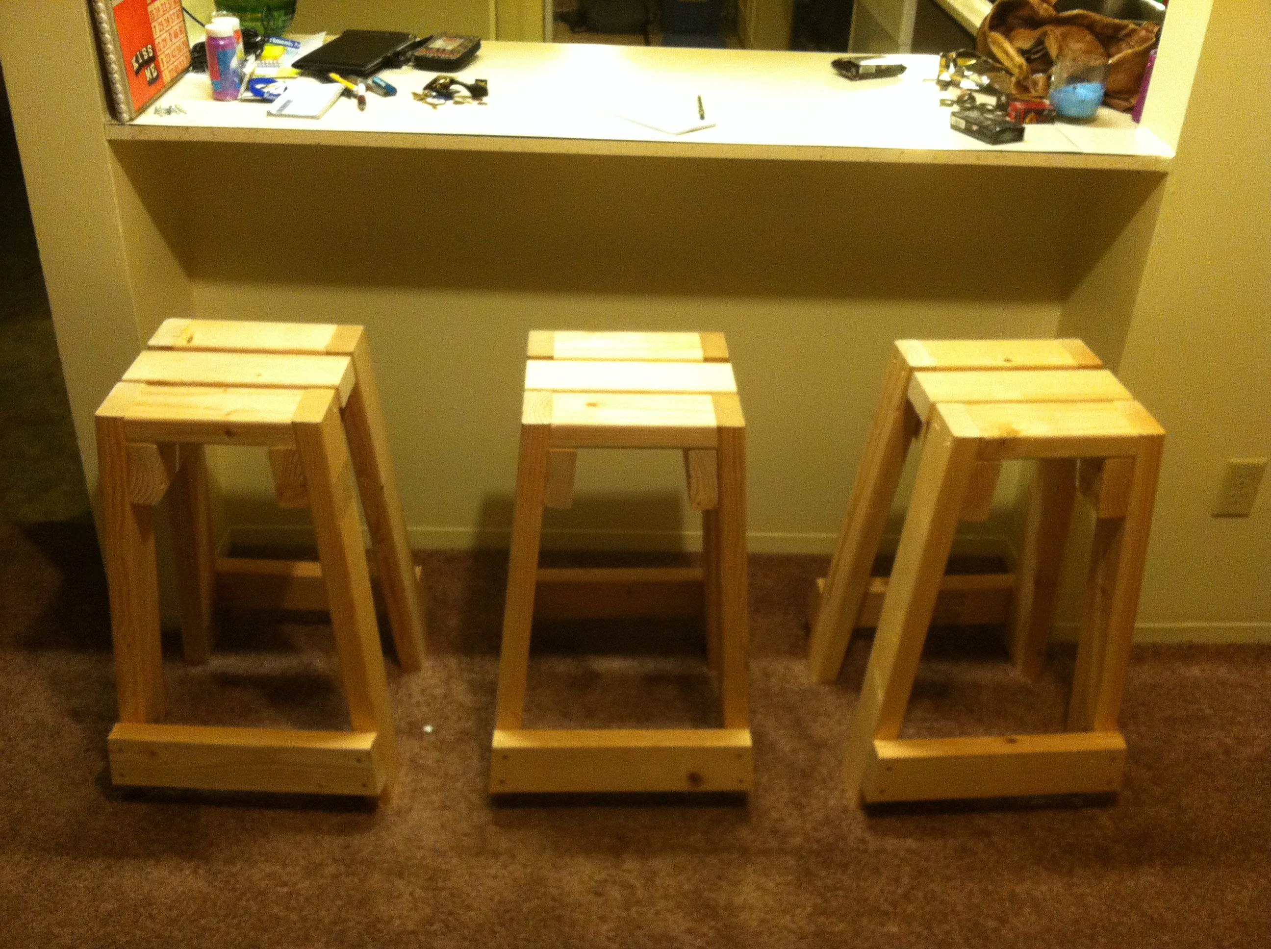Quick build 2x4 stools my projects pinterest stools for 2x4 stool plans