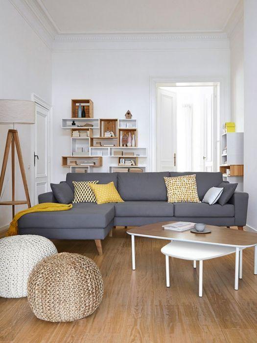 Combinación de gris, amarillo con blanco y madera #decoración