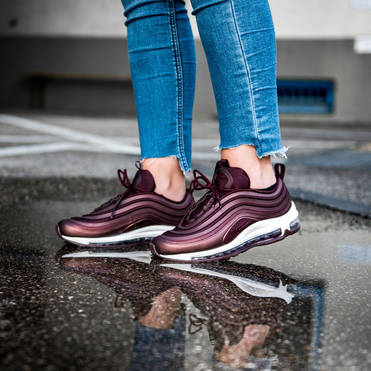 Nike Women S Air Max 97 Ultra Another One For The Ladies Slick And A Bit Shiny In This Mahoganey Colorway No Nike Air Max 97 Sneaker Boots Sneakers Fashion
