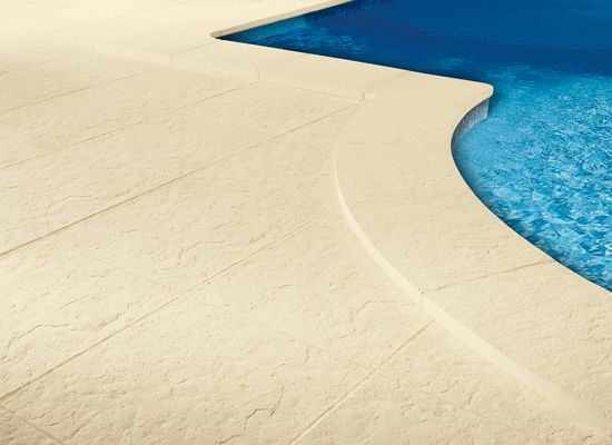 Margelle piscine pierre du lot margelles pierra pierre for Margelle piscine grise