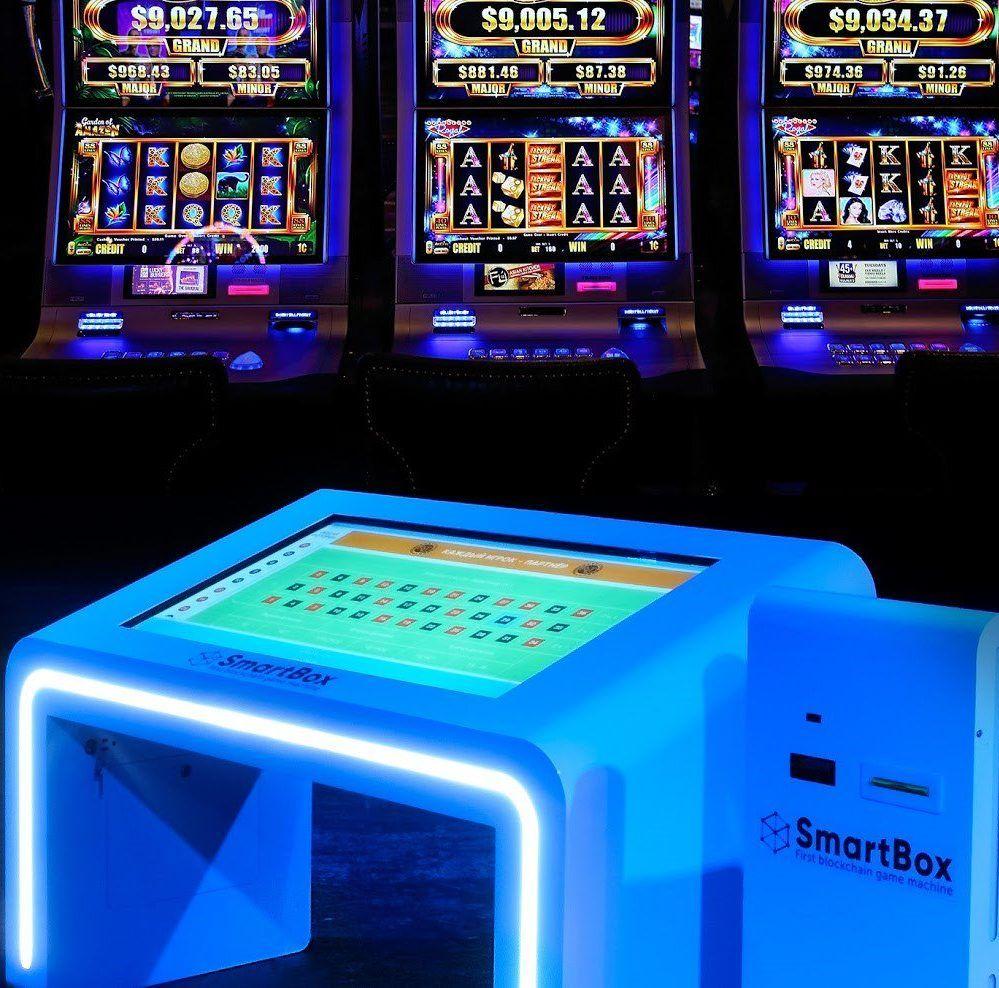 Arcade slot machine