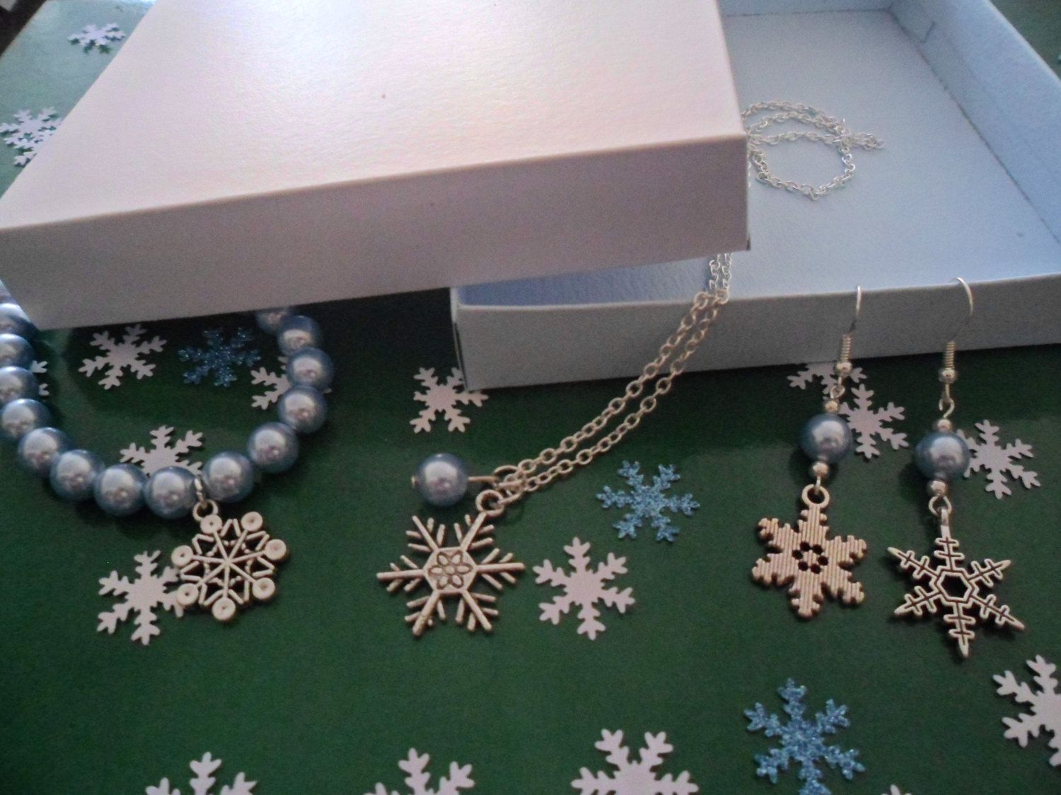 Unique Snowflake & Swarovski Ice Blue Pearl Jewellery Gift set in handmade gift box.  Frozen/winter inspired jewellery. Made to order by HazelsWeddingShop on Etsy