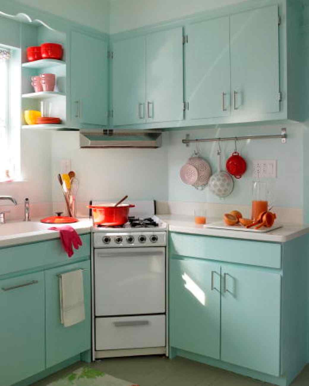 A Kitchen Makeover on a Budget | Hall, Kitchens and Modern
