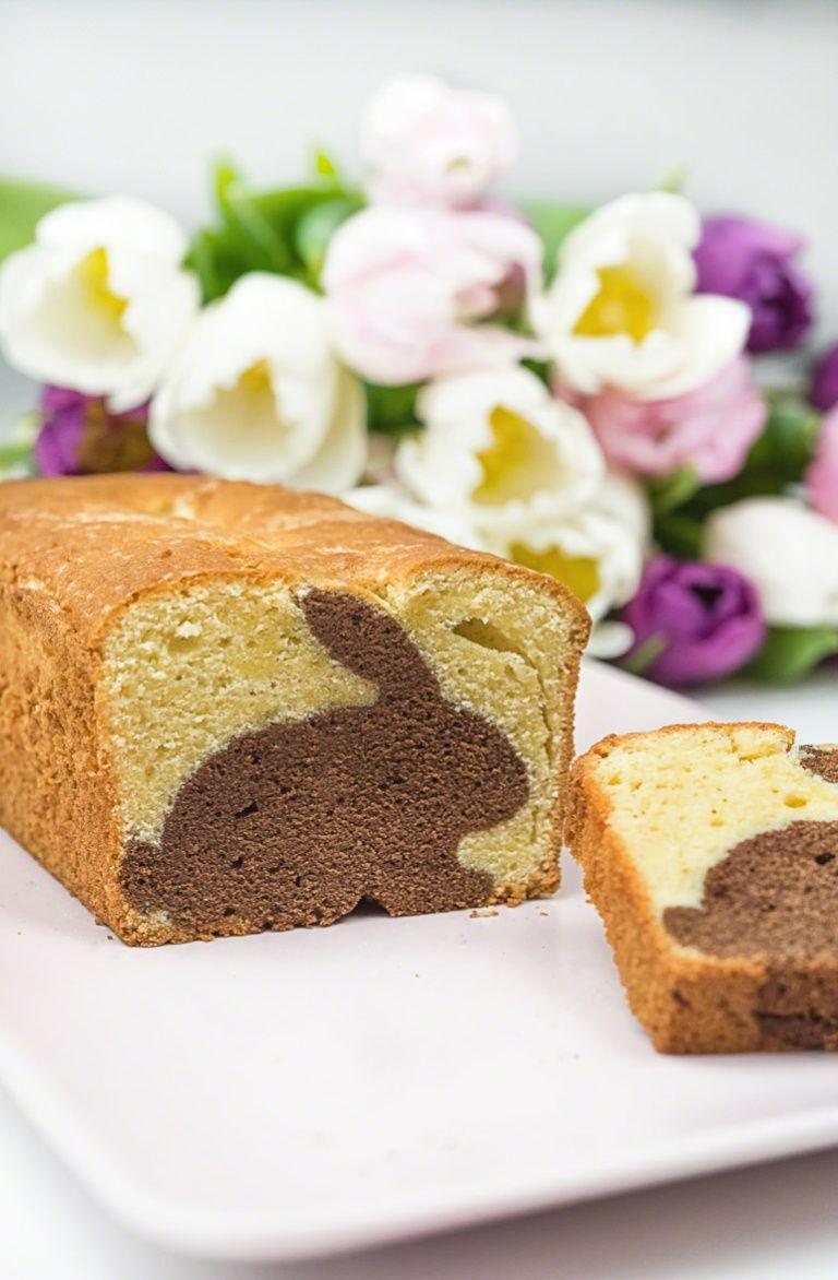 Rezept: Einen Hasen-Kuchen mit Überraschung zu Ostern backen