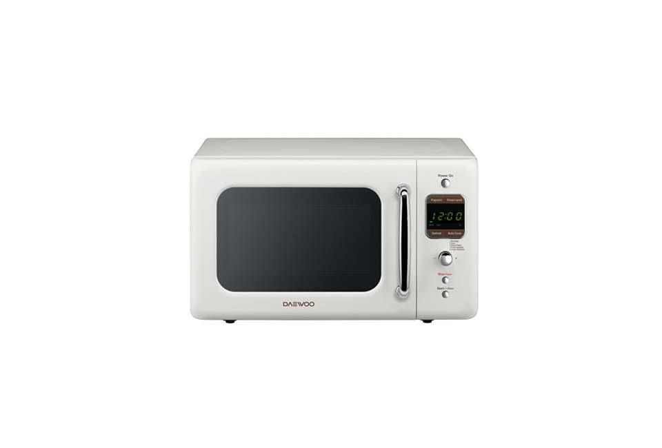 Daewoo Retro 0 7 Cu Ft 700 Watt Countertop Microwave With Images