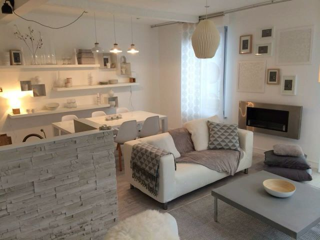 Comedor y sala para espacios peque os inspiraci n for Salas y comedores modernos para espacios pequenos