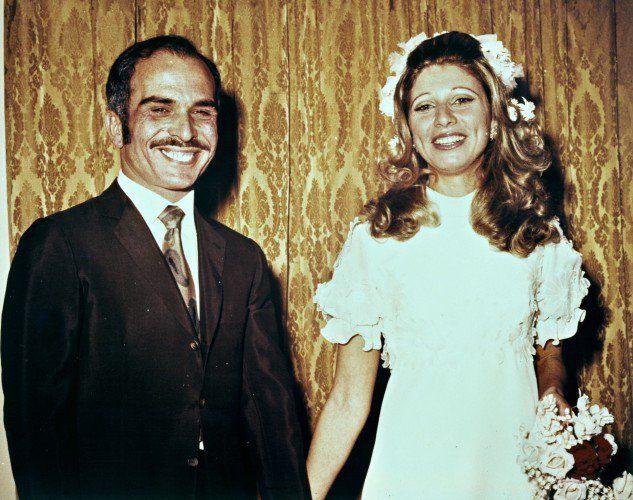 Le roi Hussein et de la reine Noor à leur mariage 1,978.