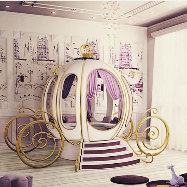 Princess room with carriage bed☻ | 인형의 집 | Pinterest ...