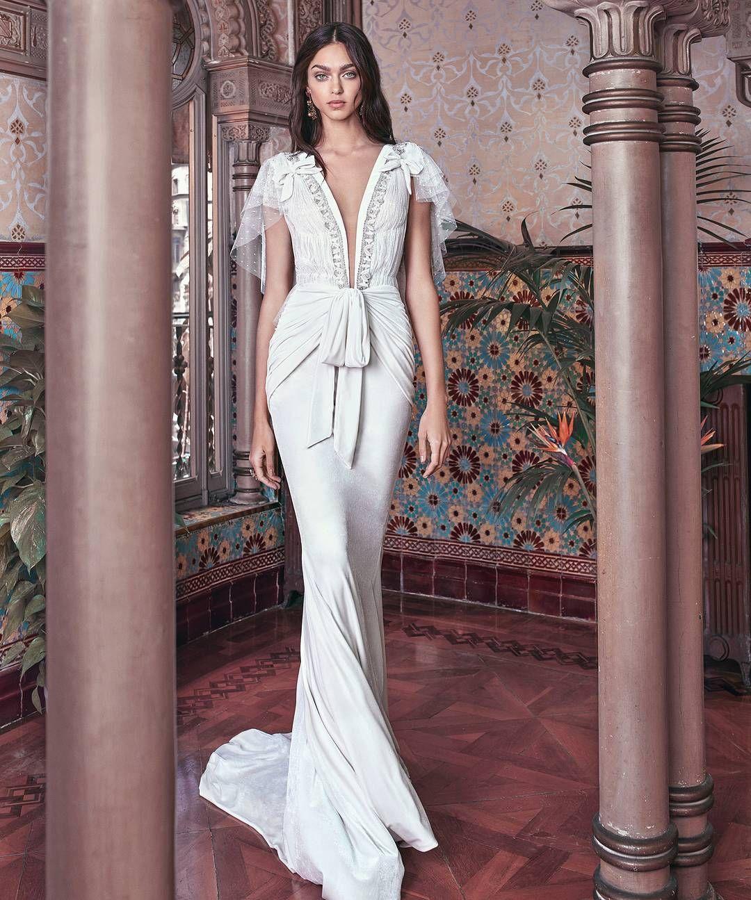 Three Words White Velvet Dress Bringing Victorian Glamour Back With