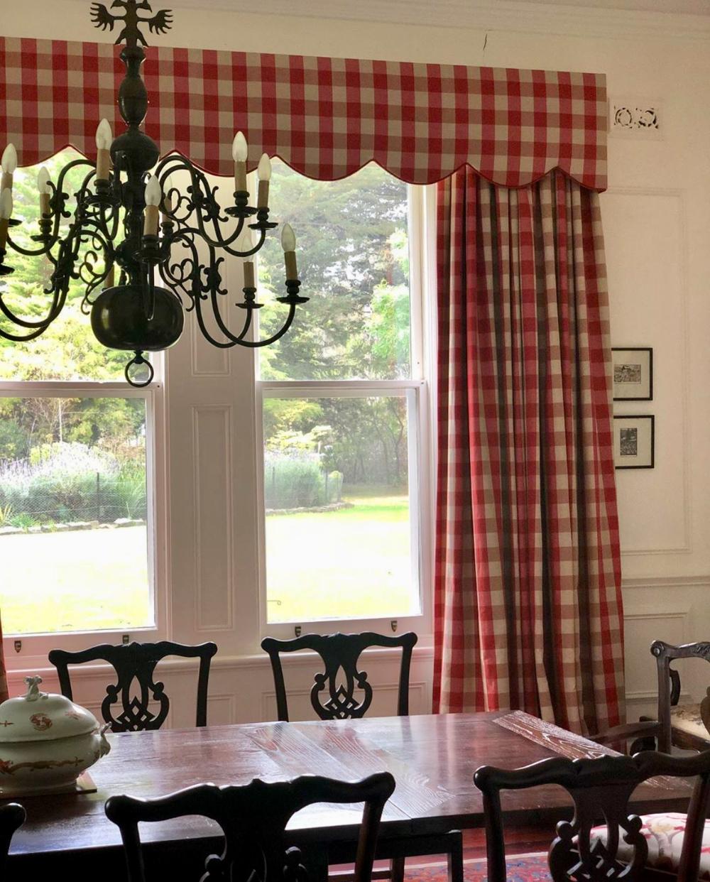 Decorating With Gingham Interior Design Interior Decor