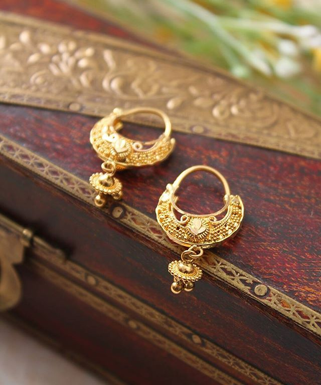 cf6b3c301 These dainty Balis #Gold #Earrings #Bali #Jewellery #Manubhai #Mumbai  #Borivali