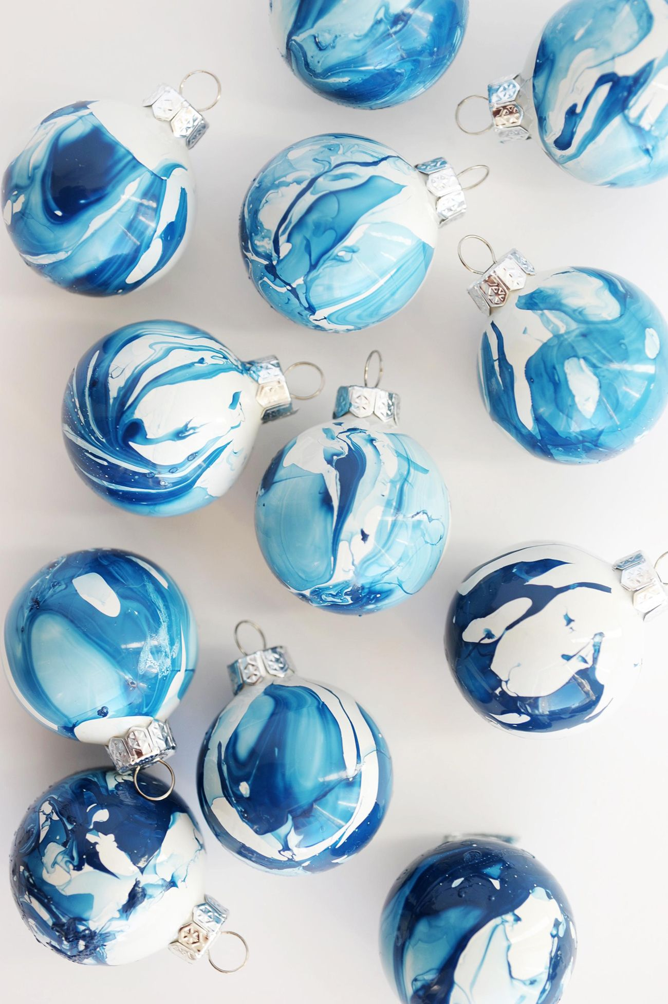 10 Gorgeous Homemade Ornaments You Can Make with Simple Glass Ornaments – The Sweetest Occasion