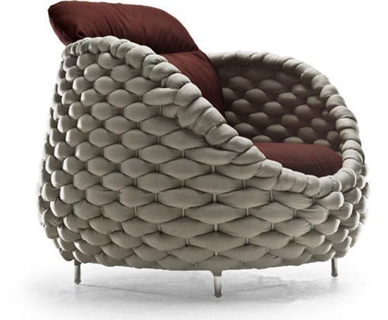 This looks like the coziest chair on earth. I need to find this immediately.   http://www.kennethcobonpue.com