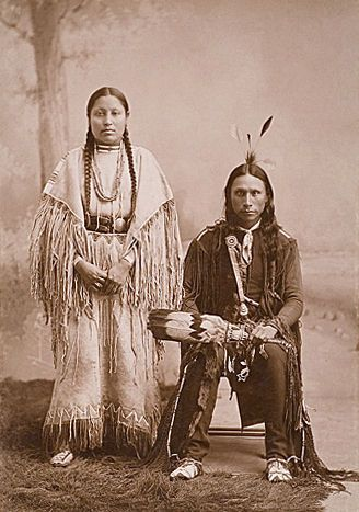An Old Photograph Of An Arapaho Couple With Images Native