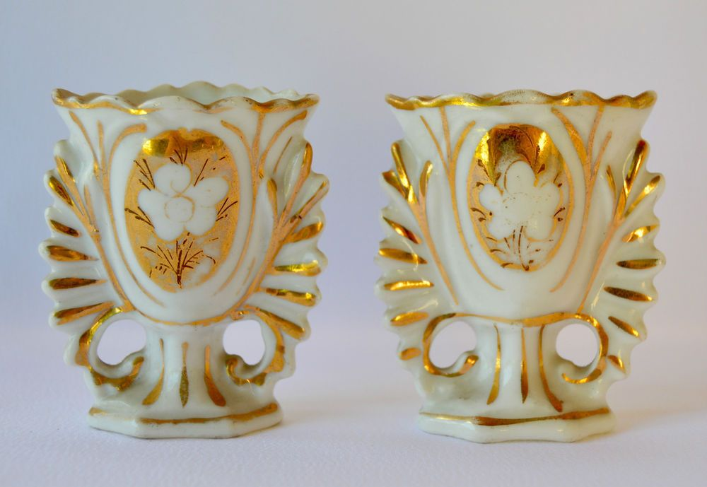 French Antique Religious Pair Of Paris Porcelain Small Vase