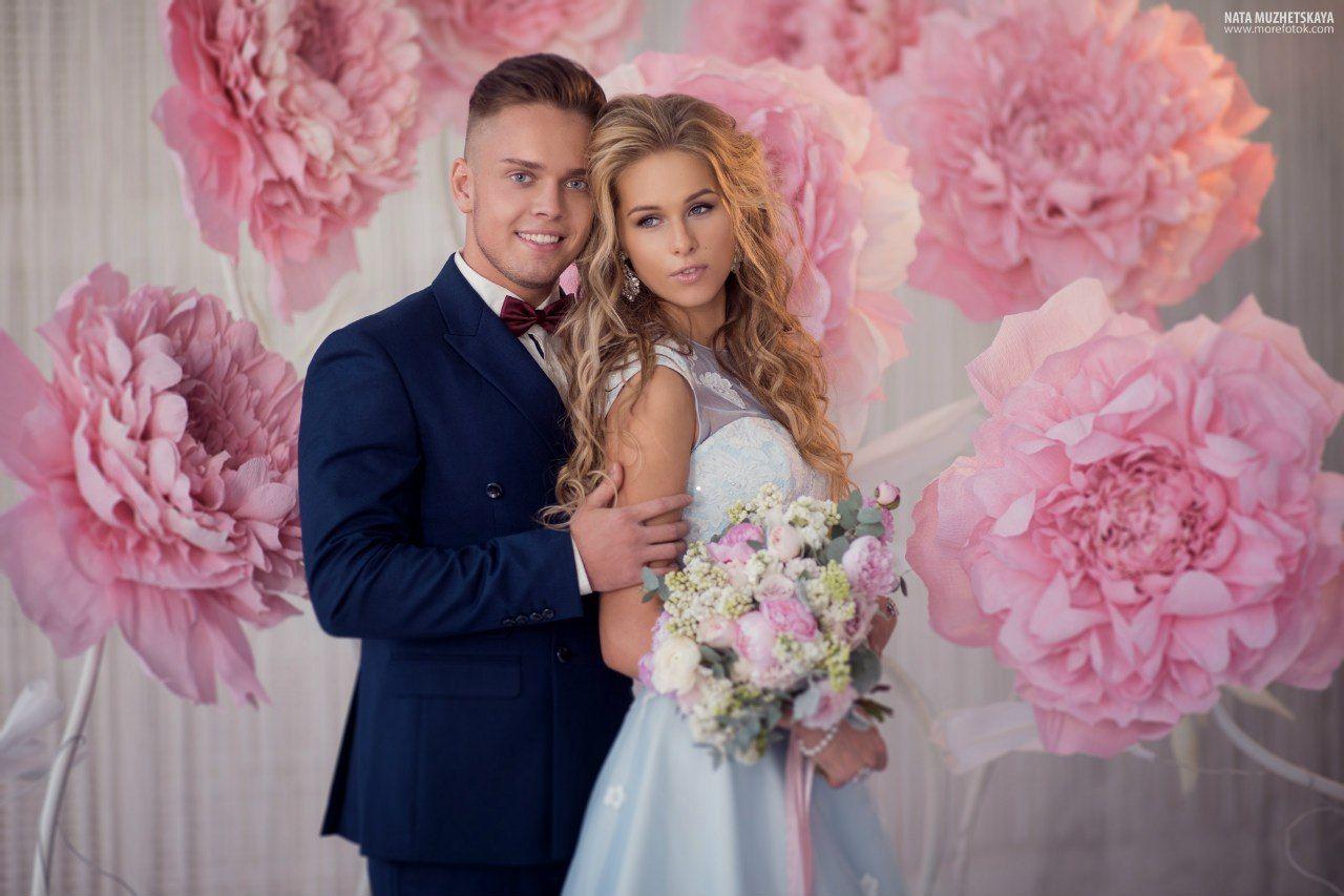 несколько красивое фото семьей на розовую свадьбу сети чаще