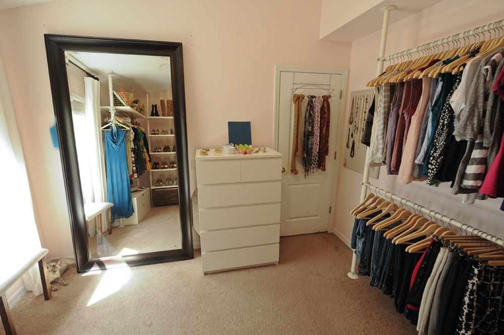 Welcome To The Juggle 5 For Friday Home Edition Dressing Room Closet Dressing Room Design Bedroom Turned Closet