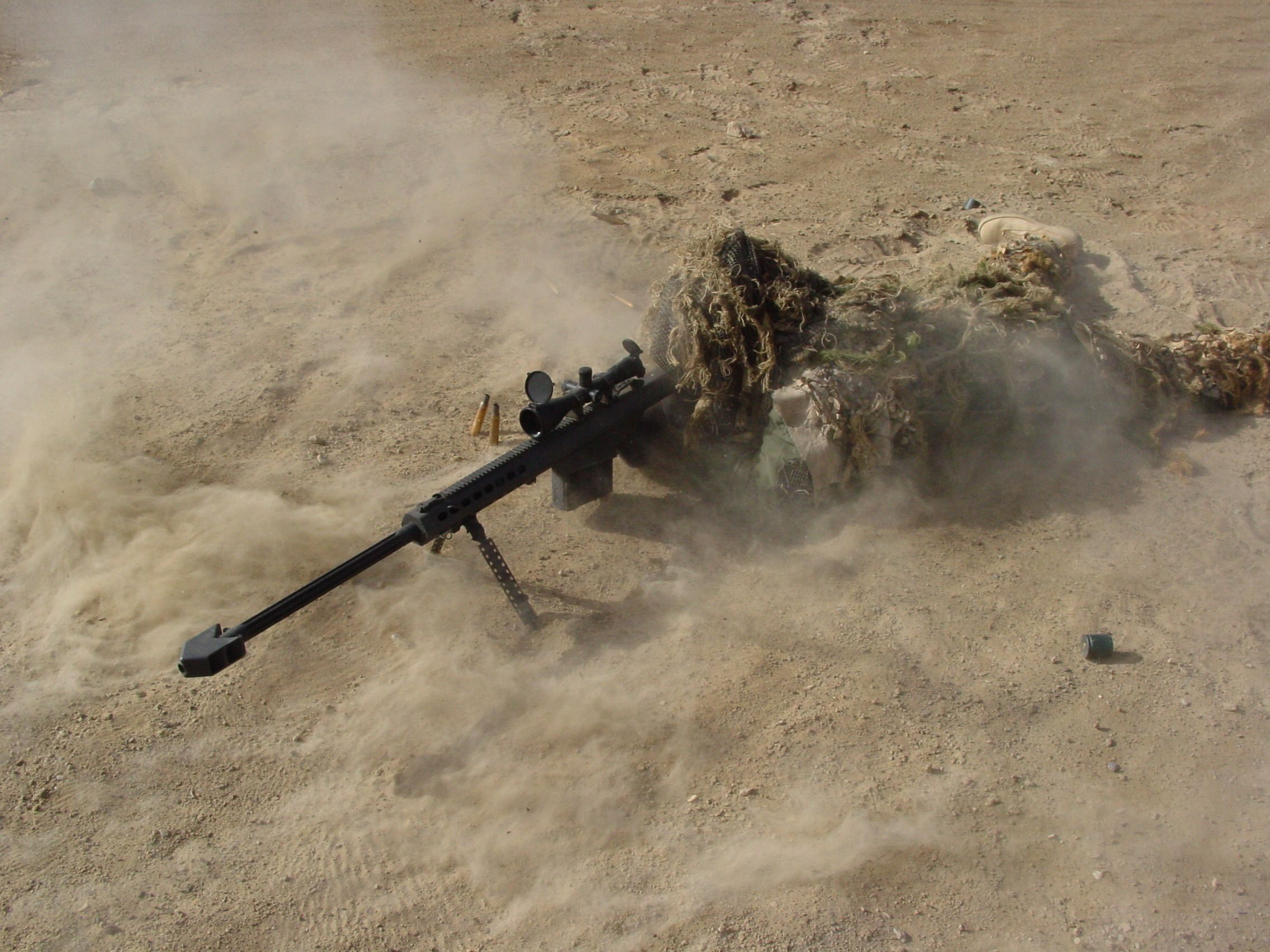 Soldiers Army Military Snipers Barrett M107 Ghillie Suit Wallpaper 606246 Wallbase Cc Military Wallpaper Sniper Camo Wallpaper