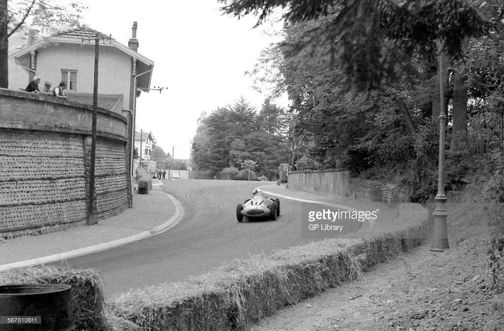 Hermano da silva ramos gordini t32 quipe gordini for Garage automobile pau