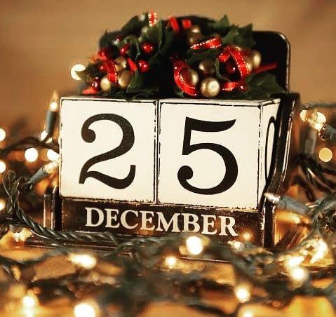 141 vind-ik-leuks, 9 opmerkingen - Christmas (@christmas_season_of_joy) op Instagram: 'Whats your favourite month ? 🎅❤🎅❤🎅❤🎅❤🎅❤🎅 Ho Ho Ho . . . . . . #christmas #christmasinnewyork…'