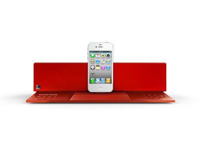 Sound Freaqから『Sound Step Recharge LOVE Edition』が登場。BOSE製品などによく見られる、いわゆるドッキングステーション型のコンパクトなスピーカーです。赤いボディとiPhoneやiPadの組み合わせのバランスがグッときます。