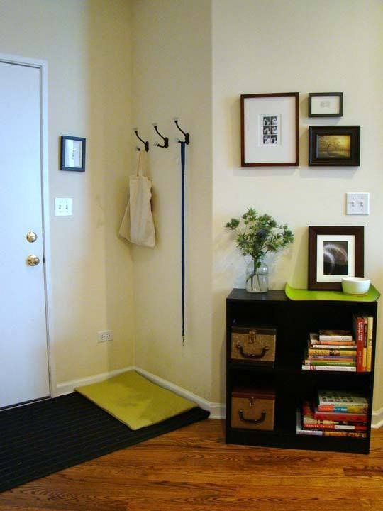 Apartment Therapy Foyer : Tips for dealing with a no entryway — renters